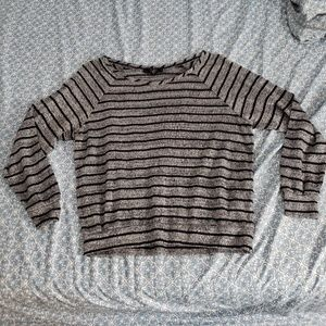 Jessica Simpson lightweight sweater